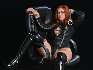 Private shows show SophieQuins